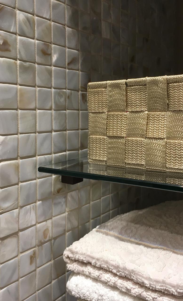 2×2 Mosaikfliese aus Perlmutt in Verbindung mit Glas