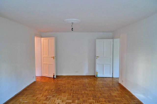 1 1/2 Zi.- Souterrain-Wohnung in der Hochallee - Wohnraum vorher