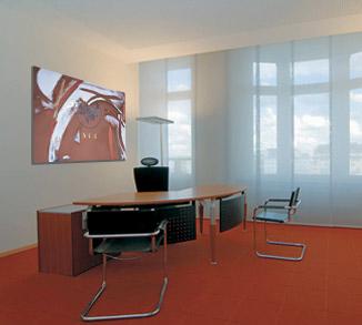 Büroraum mit Kunst